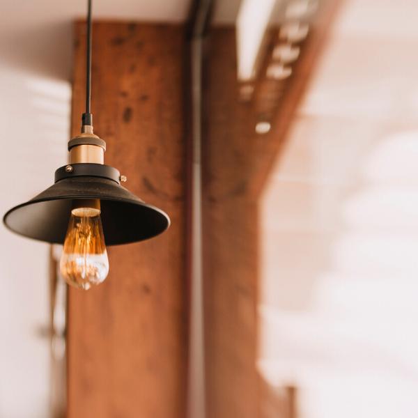 โคมไฟ LED เลือกอย่างไรให้เหมาะกับธุรกิจ